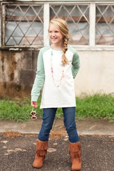 Pre Order Girl's ST High Low Ivory and Cool Mint Sweat Shirt (October) – Southern Tots