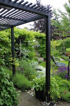 The pergola kits are the easiest and quickest way to build a garden pergola. There are lots of do it yourself pergola kits available to you so that anyone could easily put them together to construct a new structure at their backyard. Black Pergola, Modern Pergola, Pergola Canopy, Outdoor Pergola, Backyard Pergola, Pergola Plans, Backyard Landscaping, Cheap Pergola, Steel Pergola