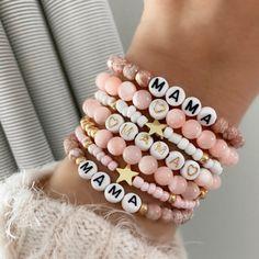 Diy Jewelry Set, Beaded Jewelry Designs, Diy Crafts Jewelry, Bracelet Designs, Unique Bracelets, Beaded Bracelets, Colorful Bracelets, Handmade Bracelets, Jewelry Necklaces