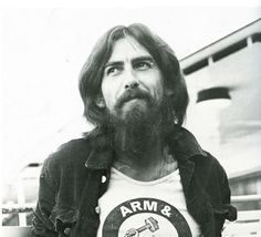 George Harrison makes me happy on sad days :) you can see his soul shining through his eyes!!!!!