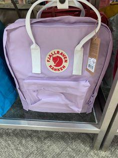 Kipling Bags, Backpack Brands, Cute Backpacks, Weird Things, School Supplies, High School, Kawaii, Retro, Clothes
