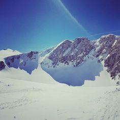 #perfectski #perfectsnow #perfectday  #instagood #instamood #moodoftheday #instagram #instapic #bright #sun #sky #snow #mountains #ski #skiing
