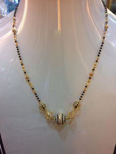 Jewelry Design Earrings, Gold Earrings Designs, Gold Jewellery Design, Necklace Designs, Gold Jewelry, Beaded Jewelry, Black Beats, Gold Mangalsutra Designs, Jewelry Model