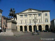 Casale Monferrato, Piazza Mazzini (Piazza del cavallo per i casalesi!)
