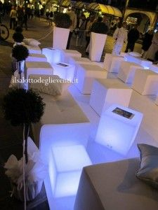 Il Salotto in piazza a Desenzano del Garda… evento total white – Il Salotto degli Eventi