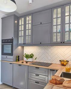Bodbyn kuchnia - Bodbyn kuchnia - - - Always aspired to discover ways to knit, althoug. Home Decor Kitchen, Kitchen Interior, New Kitchen, Home Kitchens, Kitchen Rustic, Interior Livingroom, Interior Paint, Kitchen Ideas, Interior Design