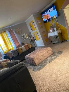 Cute Living Room, Living Room Decor Colors, Decor Home Living Room, Cute Room Decor, Living Room Designs, Room Ideas Bedroom, Home Bedroom, First Apartment Decorating, Apartment Ideas