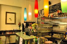 Breakfast/Sandwiches/etc, one portion 5 - 10 EUR. This awesome little bar/club makes some great food. Kitchen is OPEN DAILY - breakfast 'til Diner Decor, Bars And Clubs, Places To Eat, Great Recipes, Kitchen, Table, Vienna, Furniture, Breakfast Sandwiches