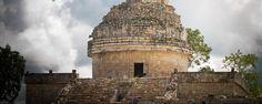 5 zonas arqueológicas mayas que debes explorar en Yucatán. Te presentamos las cinco capitales indígenas que no puedes dejar de conocer durante tu visita a territorio yucateco. ¡Sorpréndete con Chichén Itzá, Uxmal, Mayapán, Dzibilchaltún y Ek Balam!