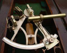 http://www.la-timonerie-antiquites.com/fr/antique/1113/ancien-sextant-19e-c-whyte-thomson-amp-co-glasgow-amp-shields-origine-us-navy