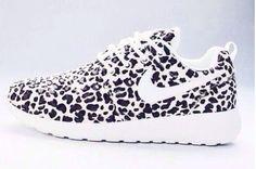 Black White Leopard Print NIKE Roshe Run daaaaahhhh I need.