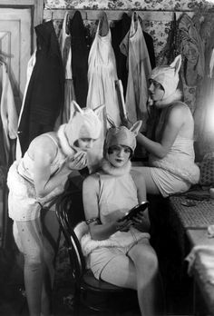 getting catty in the dressing room, 1926