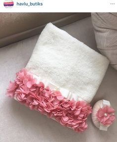 Sweet & feminine, don't you think? Hand Work Embroidery, Silk Ribbon Embroidery, Sewing Crafts, Sewing Projects, Crochet Potholder Patterns, Patterned Furniture, New Project Ideas, Stationery Craft, Towel Crafts