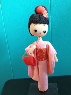 Vintage 1960s Made in Japan pose doll in pink