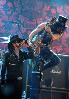 Lemmy Kilmister and Slash. Two guys who appreciate a unique hat.