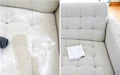 20 błyskotliwych sztuczek, które ułatwią Ci sprzątanie. #2 zwykła skarpeta może zastąpić mop!