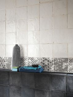 Firenze Heritage carbone, maiolica bianca e formella grigia