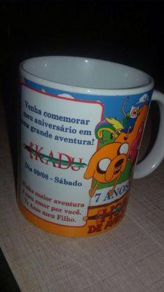 Caneca Aniversário Hora de Aventura. carmelia.com.br