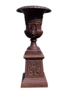 Amphore mit Sockel - Vasen, Schalen & Amphoren - Garten Möbel - Produkte - Moebelhaus Hamburg für Landhausmöbel | Teakmöbel | Kolonialmöbel | Chinamöbel | Indische Möbel |Stühle | Tische und Sofa