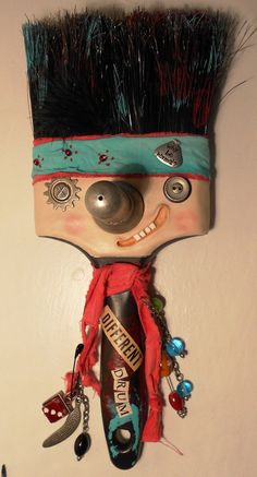 haha perfect for the art classroom! Found Object Art, Found Art, Paint Brush Art, Paint Brushes, Arte Assemblage, Atelier D Art, Paperclay, Recycled Art, Art Classroom