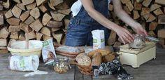 Deformovaný chlieb, prepadnutý, nevzhľadná kôrka… a ani nechutí Top, Crop Shirt, Blouses