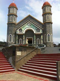 Resultado de imagen para fotos paisaje de iglesia costa rica