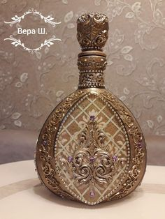 VK is the largest European social network with more than 100 million active users. Diy Bottle, Wine Bottle Crafts, Bottle Art, Bottle Lamps, Painted Wine Bottles, Bottles And Jars, Decorated Bottles, Decoupage Tutorial, Antique Perfume Bottles