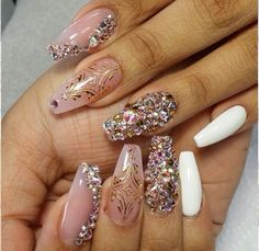 Love the color combo on the nails.