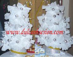 Trufas chocolate decorados con papel en forma de angelitos.........Recuerdos  o decoración para bautizo o Primera Comunión