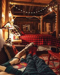 Cozyhomedecorideas Cosy Home In 2019 Cozy House Cozy Bedroom Cozy Cabin, Cozy House, Cozy Cottage, Cabin Loft, Cabins And Cottages, Log Cabins, Rustic Cabins, Rustic Cabin Decor, Cozy Bedroom