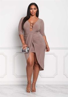 Plus Size Clothing Curvy Girl Fashion, Love Fashion, Plus Fashion, Fashion Ideas, Curvy Plus Size, Plus Size Model, Plus Size Dresses, Plus Size Outfits, Trendy Outfits