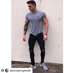 #Repost @aaronspringbreak with @repostapp ・・・ Thanks to @setinstone_clothing for hooking me up with these bad boy skinny jeans 👌🏻⚫️ check them out there stuff is next level 👏🏼🙌🏻 #fashion #model #boy #swag #fitness #clothing #setinstones #skinnyjeans #springbreakWithgrandad #mtv #nemesisagency #manchester