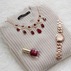 La elegancia nunca pasa de moda. Es #FashionTip. ;)
