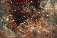 30 Doradus: the Effects of Massive Stars in R136