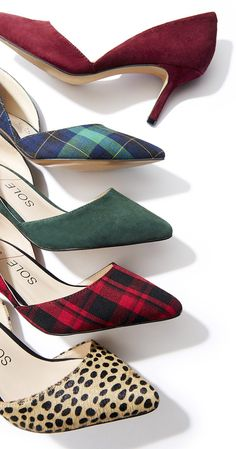 The perfect printed mid heel pumps for fall!
