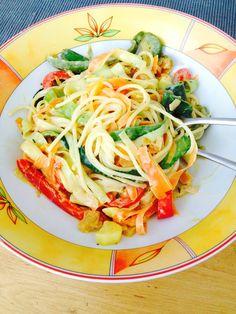Spaghetti mit bunten Gemüsestreifen (Rezept mit Bild)   Chefkoch.de
