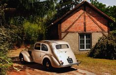 Structurally avant-garde, the aluminium-hulled baby Amilcar promised so much. Jon Pressnell explains how a brave adventure turned s. Summer Sun, Adventure, Garage, Classic, Carport Garage, Derby, Garages, Adventure Movies, Classic Books