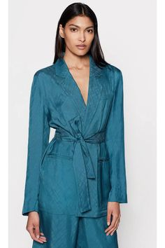 equipment 19-2-005256-OW01056 - Google Search Smoking Jacket, Soft Colors, Hue, Going Out, Glamour, Blazer, Pretty, Model, How To Wear