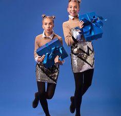 Lisa and Lena - Merry Christmas🎄