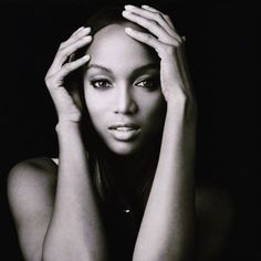 Tyra Banks: Flaws are awesome - so 'flawsome!' #TyraBanks #HumanNote