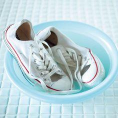 洗濯王子が解決!真っ白をキープする白スニーカーのお手入れ方法とは? Marisol ONLINE 女っぷり上々!40代をもっとキレイに。