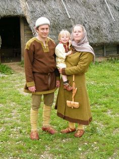 Nors Farandi - Bajuwaren Familie