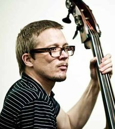 ★★★ Il contrabbassista norvegese Eivind Opsvik propone un'altra idea di jazz