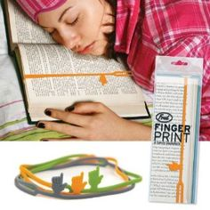 Handy Bookmarks to blankets for your book lovers or yourself! I Love Books, My Books, Music Books, Casa Pop, Creative Bookmarks, Book Lovers Gifts, Stocking Stuffers, Book Worms, Cool Stuff