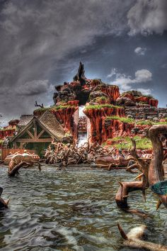 Splash Mountain (Favorite ride!)