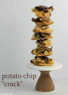 Potato chip crack for Passover. Because potato chips > matzoh. Wheat Free Baking, Crack Pie, Ritz Crackers, Eat Dessert First, Potato Chips, Recipe Of The Day, Dessert Recipes, Desserts, Sweet Tooth