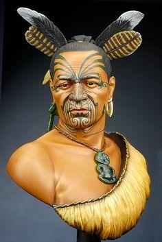 the aho te rangi wharepu - Maori Chief Hawaiian Tribal, Hawaiian Tattoo, Sculpture Art, Sculptures, Anglo Saxon History, Maori Tribe, Tiki Head, Zealand Tattoo, Native American Warrior