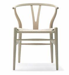 MASINFINITO CASA - http://masinfinitocasa.com/products/muebles/wegner-ch24-wishbone-chair