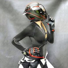 Killin' them softly 🖤♥️ Helmet: Leathersuit: . Motorcycle Suit, Motorbike Girl, Motorcycle Couple, Lady Biker, Biker Girl, Up Auto, Ride Out, Cafe Racer Girl, Motorcycle Photography