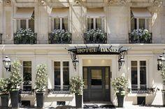 Classic luxury five star Paris city centre hotel with fine dining Hotel Daniel Paris Relais & Chateaux